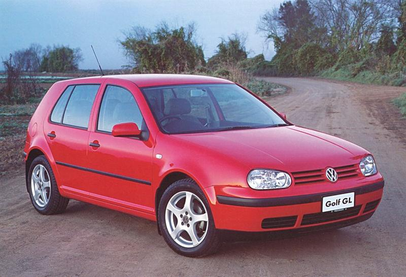 Golf 3 4 and vento club veedub for australia the golf 4 offers three engine choices two spec levels and one body shape heres the deal for starters theres the 16 litre gl malvernweather Images